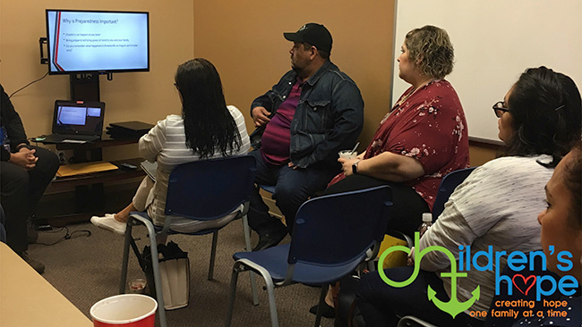 Comadres Monthly Meeting in the Valley